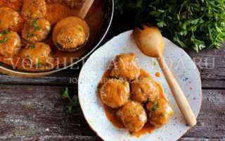 Котлеты с подливкой – как вкусно готовить в сметанном, томатном, овощном или белом соусе