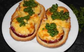 Горячие бутерброды в духовке: как приготовить, фото