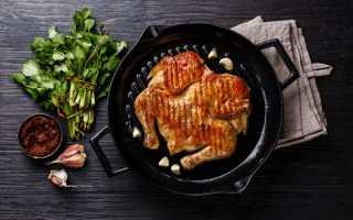 Цыпленок табака – как замариновать и приготовить по рецептам с фото на сковороде или в духовке