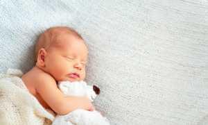 У грудничка зеленый стул – какая норма и консистенция кала у новорожденных в первые месяцы жизни