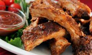 Ребрышки в духовке – как замариновать и запечь по простым вкусным пошаговым рецептам мясо на кости