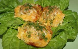 Драники с фаршем – как пошагово приготовить с мясной начинкой по рецептам с фото в духовке и на сковороде