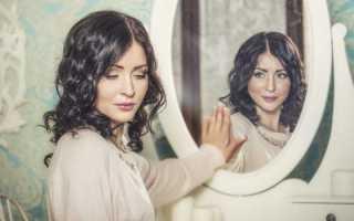 Что делать, если разбилось зеркало – приметы и советы