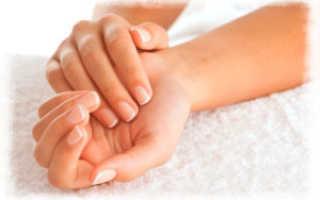 Сухая кожа рук – что делать при трещинах и шелушении, причины и лечение в домашних условиях