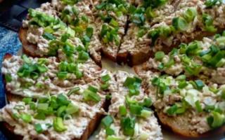 Бутерброды с печенью трески вкусные и простые